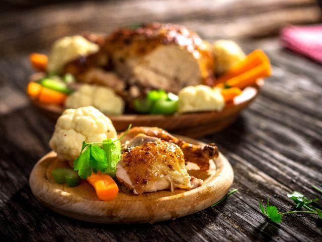 whole-roasted-chicken-P2EFA9V